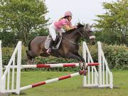 Image 27 in ABI AND BECKY. SHOW JUMPING. 19 AUGUST 2018